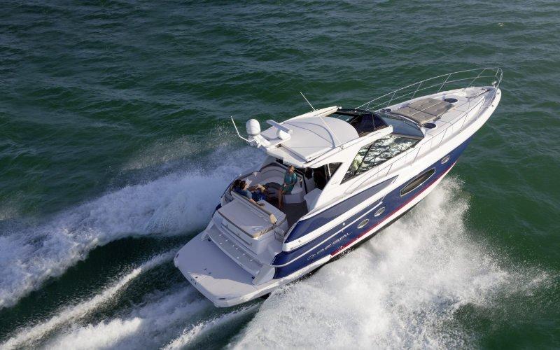 Regal Sport Yacht 46 Sport Coupe Bild 2