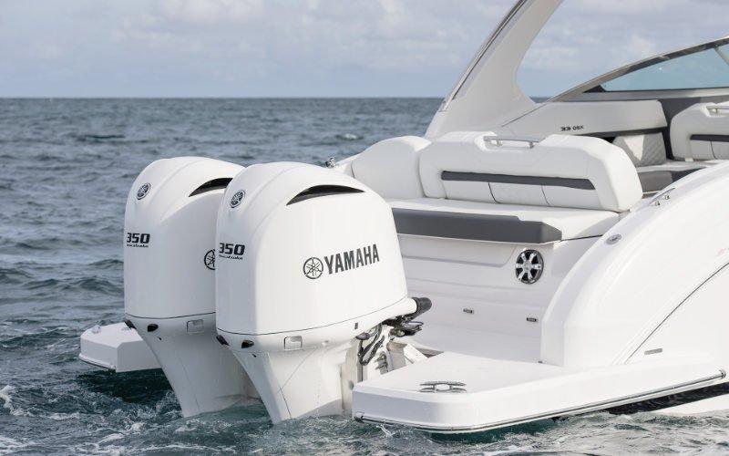 Regal Outboard 33 OBX Bild 3
