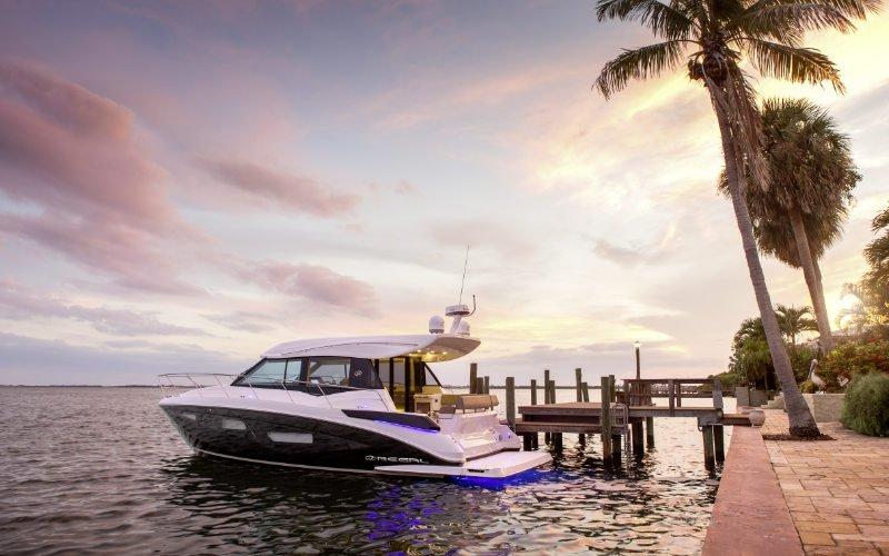 Regal Sport Yacht 42 Grande Coupe Bild 5