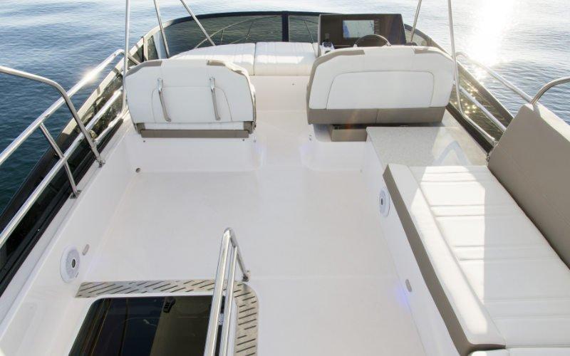 Regal Sport Yacht 42 Fly Bild 9