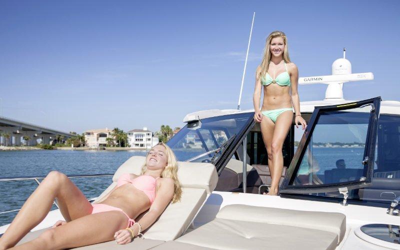 Regal Sport Yacht 46 Sport Coupe Bild 9