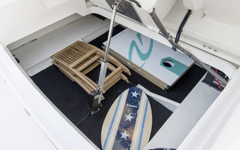Regal Outboard 33 OBX Bild 10