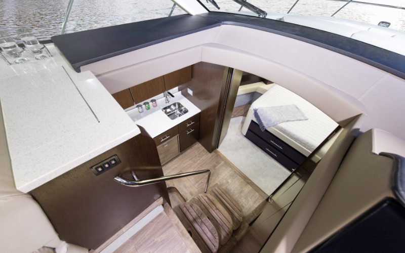 Regal Sport Yacht 42 Fly Bild 13