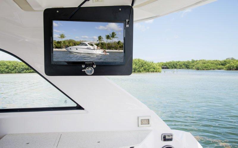 Regal Sport Yacht 35 Sport Coupe Bild 12