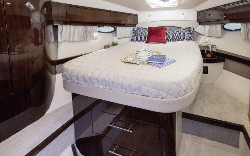 Regal Sport Yacht 46 Sport Coupe Bild 15