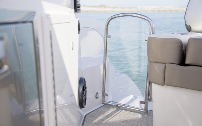 Regal Outboard 33 XO Bild 17