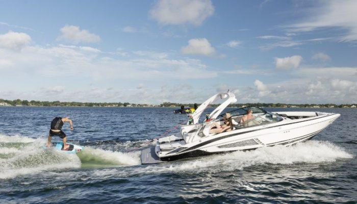 04 Regal 2500 RX Surf