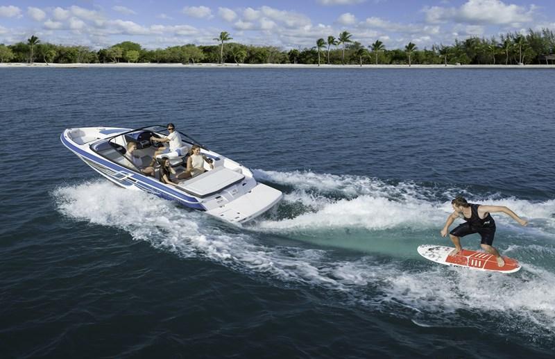 Neue Regal Boote. Hier: Regal 19 Surf